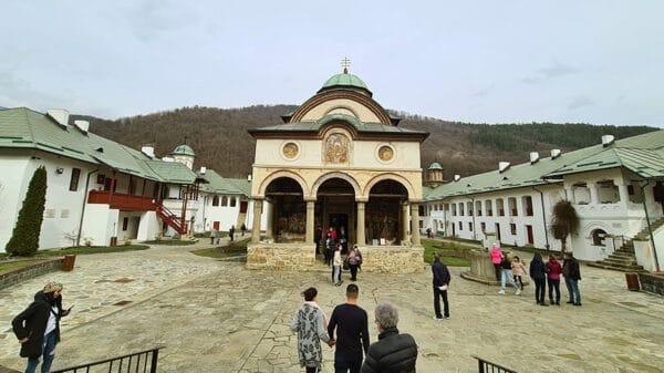 Manastirea Cozia Valcea