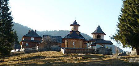 Manastirea-Moldova-Sulita-1