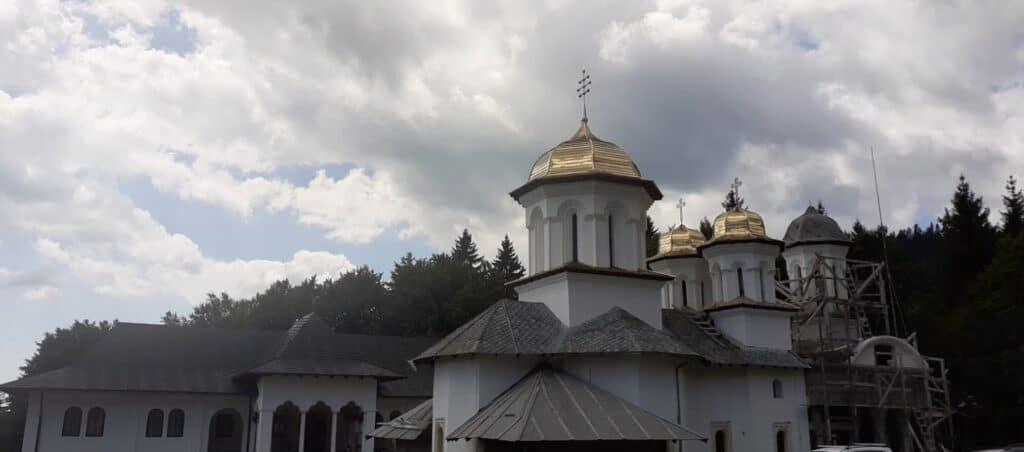 Manastirea Inaltarea Domnului Cota 1000
