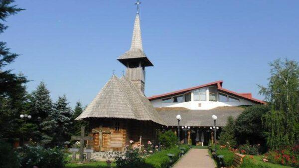 Manastirea-Sfantul-Mare-Mucenic-Gheorghe-1
