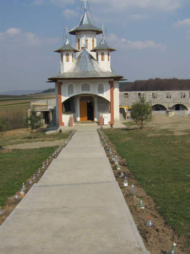 Schitul-Codru-Cajvana-1