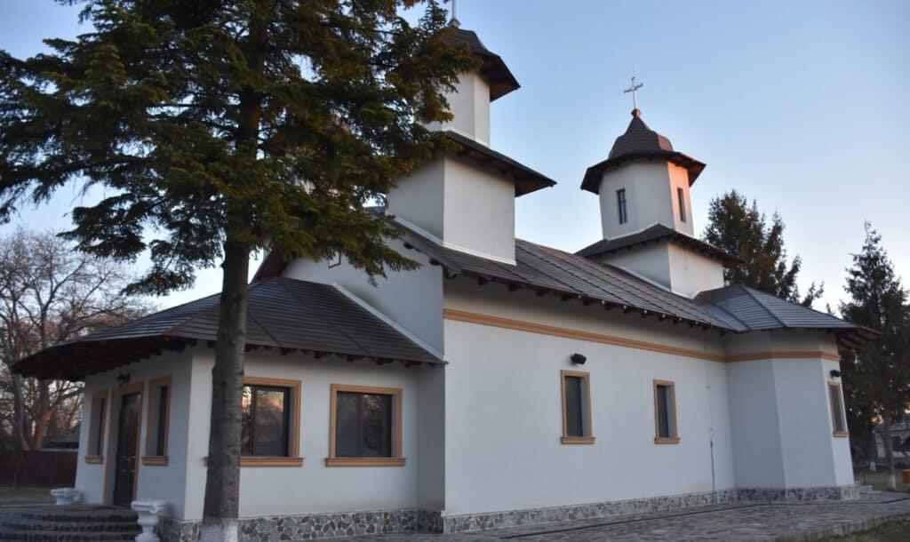Manastirea Sfanta Treime Podul Bulgarului