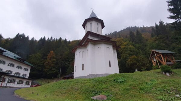 Manastirea Sfantul Proroc Ilie Paltinul
